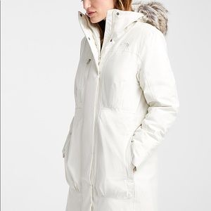 NWT North Face Downtown Parka, size XS
